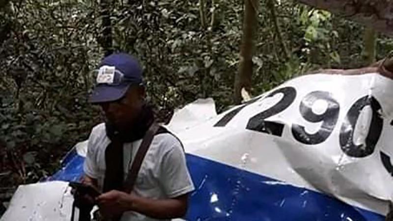 CRASH D'UN ANTONOV ASSURANT LA LOGISTIQUE PRÉSIDENTIELLE SUR SON CHEMIN  DE RETOUR DE GOMA VERS KINSHASA. INCIDENT TECHNIQUE DU, SEMBLE-T-IL A UNE MÉTÉO DÉPLORABLE, PLUTÔT QU'ATTENTAT. MAIS ENCORE ? Crash-avion-antonov-72